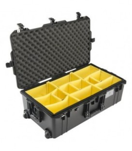 Pelicase 016150-0040-110E - 1615 AIR Check-In Case With Divider, Black